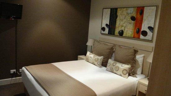 Oaks Plaza Pier Apartment Hotel: Bedroom