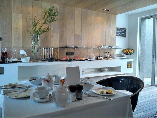 POD Camps Bay: Café da manhã