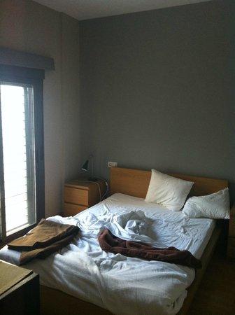 Apartamentos San Pablo: Dormitorio matromonio