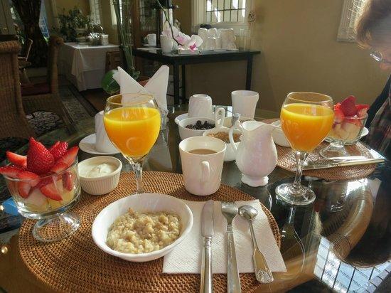 The Rigdon House: Breakfast