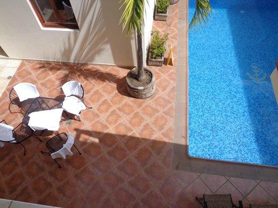 Hotel El Almirante: piscina