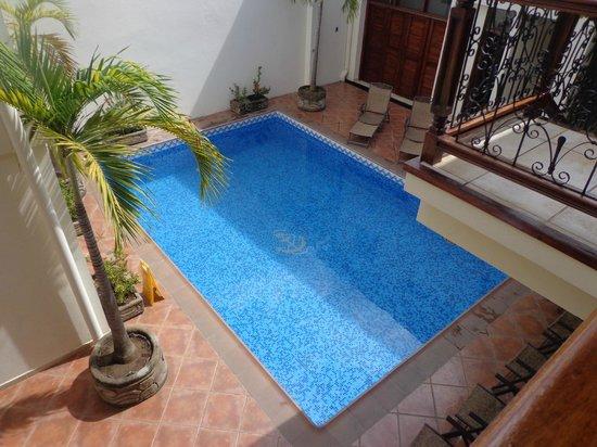 Hotel El Almirante: pool