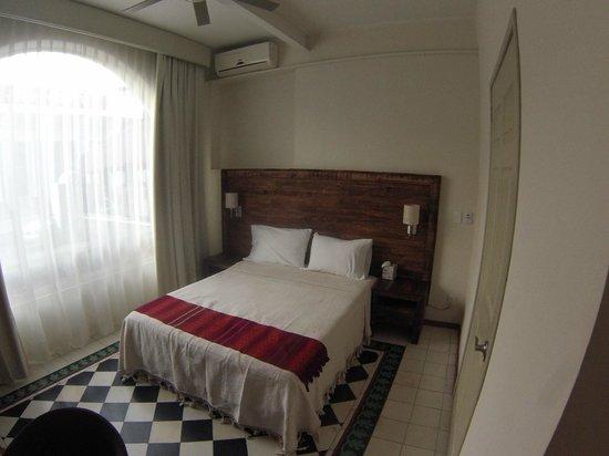 LA FE Hotel and Arts: Muy linda la habitación, un descanso a gusto