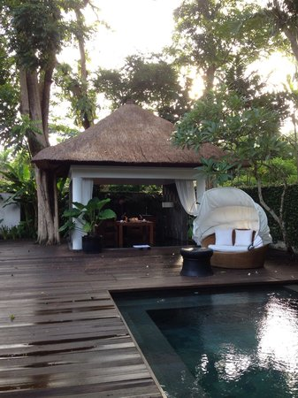 Kayumanis Nusa Dua Private Villa & Spa : Breakfast in the villa
