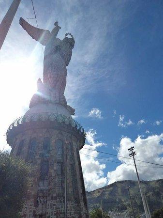 Hostal Quito Cultural: Virgen del Panecillo