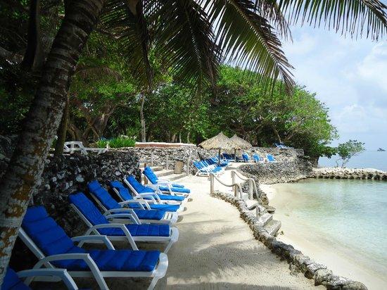 Hotel San Pedro de Majagua: Uma pequena parte da praia no hotel