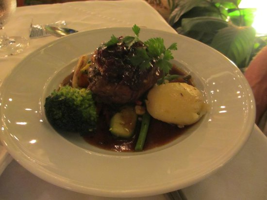 Trio: FIllet Mignon with vegetables and pepper sauce