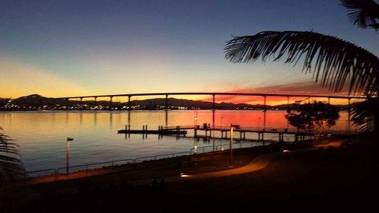 Coronado Island Marriott Resort & Spa: the beautiful sunrise from our balcony