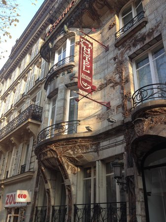 Elysees Ceramic Hotel: hotel