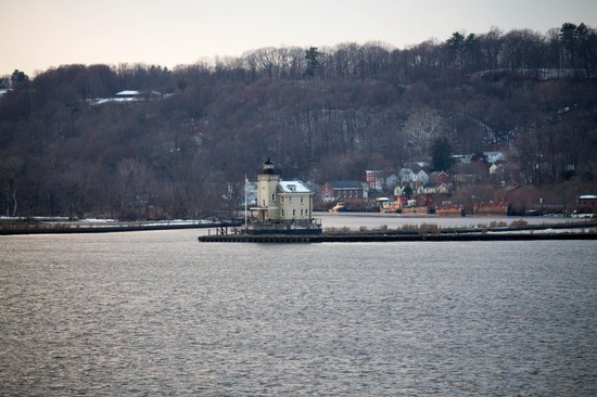 The Rhinecliff: View of Kingston Lighthouse from our room