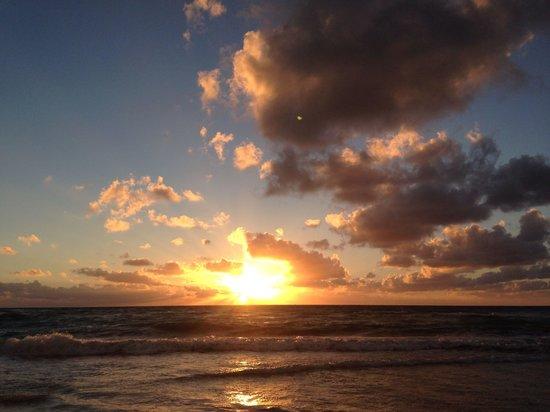 Ahau Tulum: Amazing sunrise