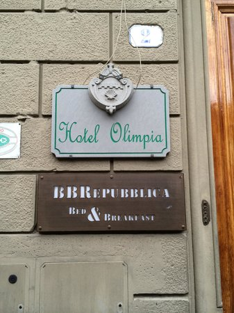Hotel Olimpia: Well Signed