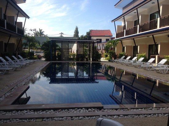 Phangan Island View Hotel: Pool
