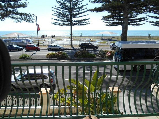 Beach Front Motel Napier : Real view from the hotel