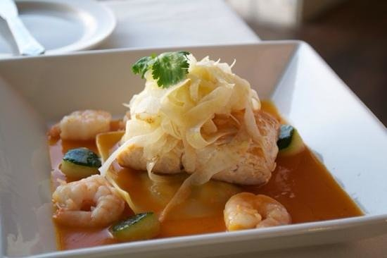The Cracked Conch by the Sea : halibut yum!