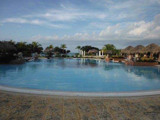 Paradisus Varadero Resort & Spa: Royal Service Pool