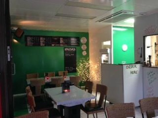 Siracusa Pizza Pasta Cafe : come dine in BYO or Takeaway