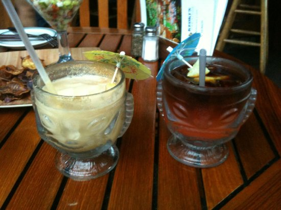 "Keoki's Paradise: Mai Tais great, whether frozen or ""traditional"""