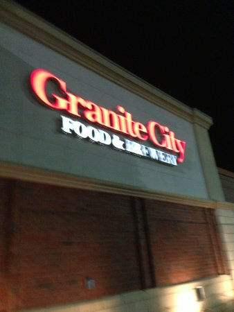 Granite City Food & Brewery: Outside signage