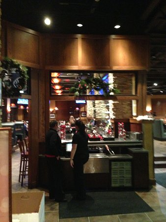Granite City Food & Brewery: Entrance view