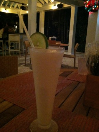 Parrot Key Hotel and Resort : Key Lime Coloda at the bar