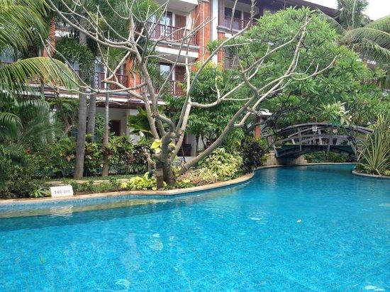 Padma Resort Legian : Lagoon pool