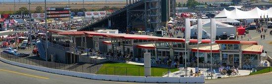 Simraceway Performance Driving Center : Simraceway's Turn 1 Facility