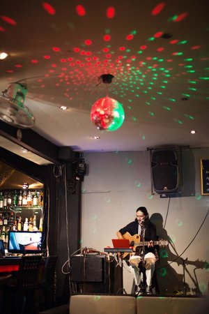 2gether Restaurant: live music