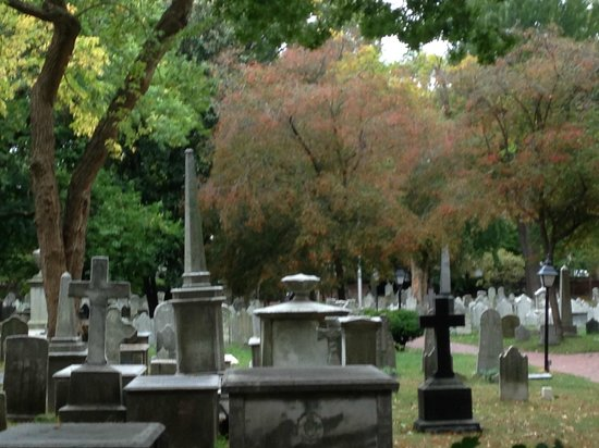 St. Peter's Episcopal Church: The Cemetery at St Peter's