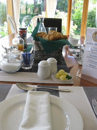 Moon Gate Villa: Delicious coffee at breakfast