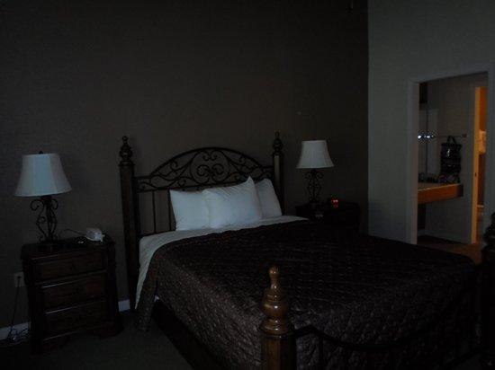 Peppertree at Tamarack HOA : Master Bedroom