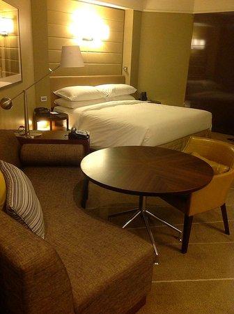 Grand Hyatt Melbourne: King room - the comfy bed
