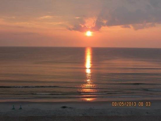 La Playa Resorts & Suites: sun rise