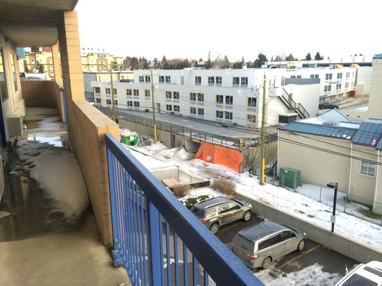 Best Western Plus Village Park Inn : Balcony view