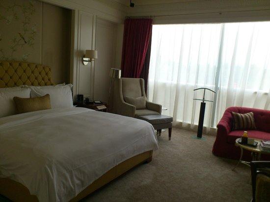 The St. Regis Singapore: Room