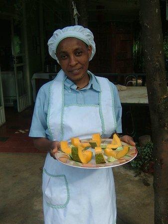 Abbaba's Villa: Worke with Papaya