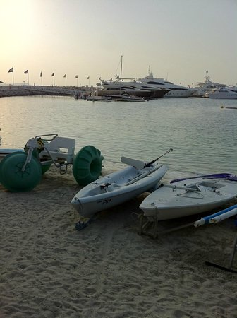 La Veranda: Plenty of water sports for a perfect family day out