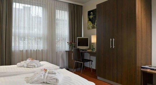 Amedia Express Salzburg City: Doppelzimmer