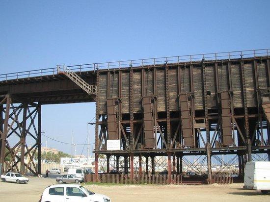 Cable Inglés: Terminal des trains de minerais