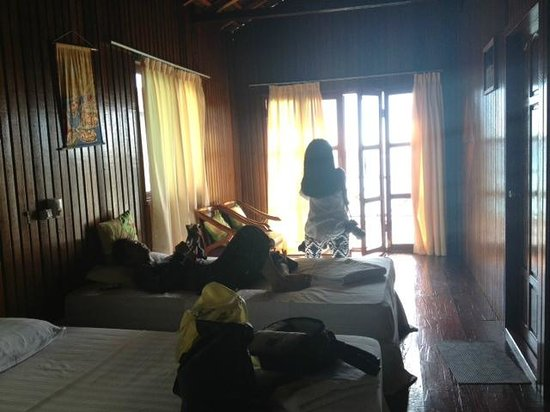 Maratua Paradise Resort : The triple bedroom