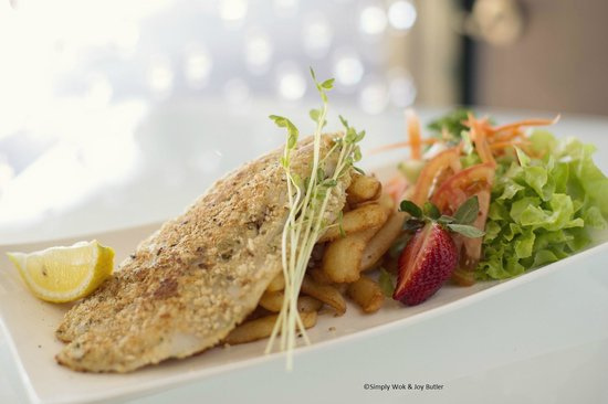 Simply Wok: Almond Crumbed Barramundi served with Chips and Salad