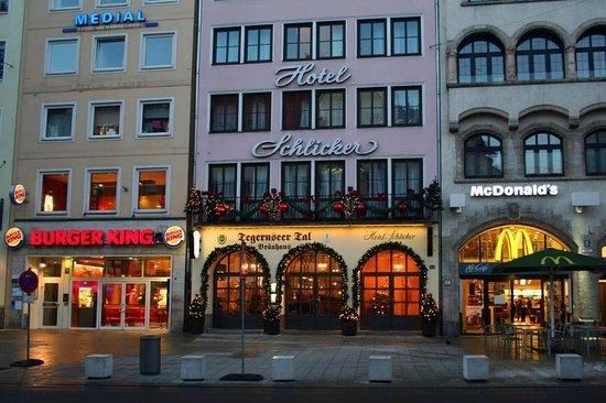 """Hotel Schlicker """"Zum Goldenen Loewen"""": Exterior of Hotel Schlicker"""