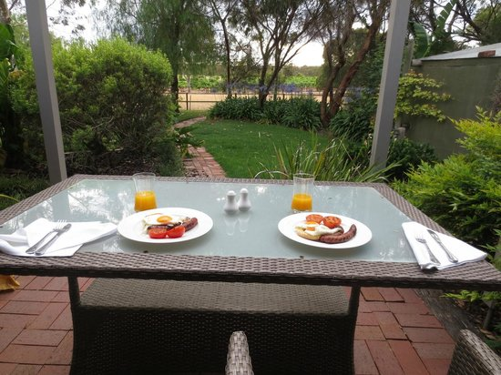 The Paddocks: breakfast with a view