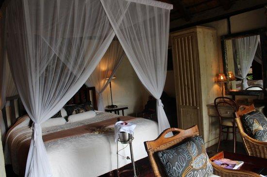 Tanamera Lodge: room