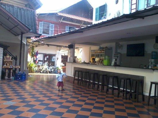 Vientiane star hotel laos review losmen perbandingan for Laos hotels 5 star