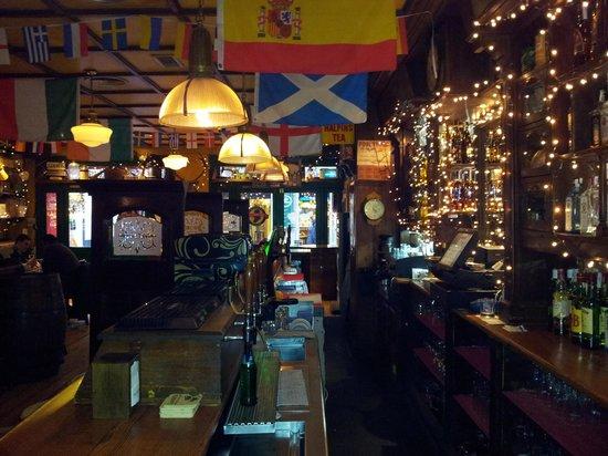 Bull McCabes Irish Bar: Christmas 2013