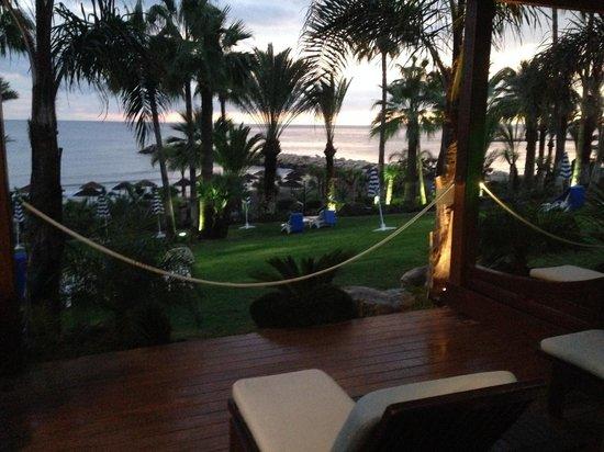 Amathus Beach Hotel Limassol: Private terrace