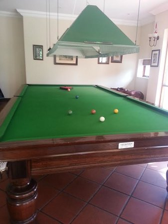 Budmarsh Country Lodge: Snooker Table