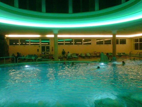 Hotel All'Alba: le piscine termali