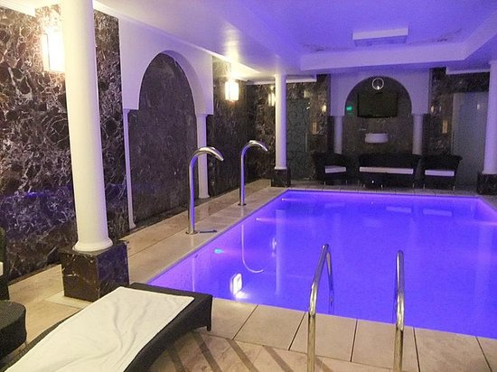 Epoque hotel spa epoque hotel relais chateaux b kre for Epoque hotel